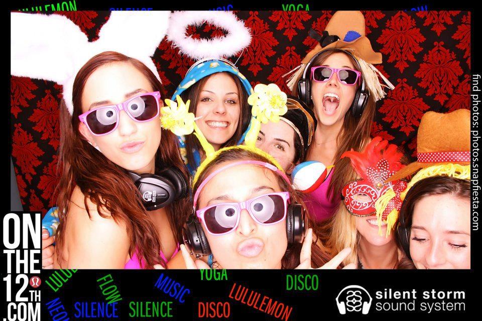 SnapFiesta Photobooth at Silent Yoga Dance Party at Lululemon Santa Monica